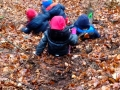 Crèche en forêt Kayl - Glisser sur les feuilles